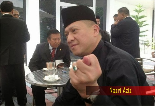 Image result for Nazri Aziz showing his finger