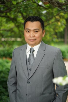 financial advisor winnipeg - Ramon Desiderio