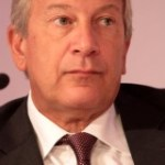 Richard Attias face aux 'indignés' du Gabon