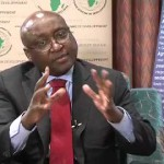 "Ebola: ""Pas de panique"",  implore Donald Kaberuka"