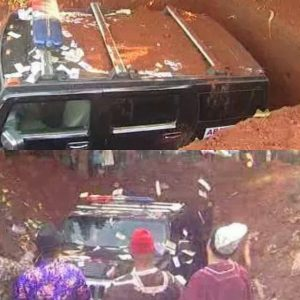 buries-his-mother-in-a-Hummer-Jeep