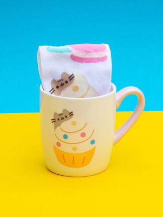 Pusheen Sock in a Mug Gold muki