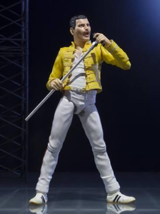 Freddie Mercury S.H. Figuarts figuuri