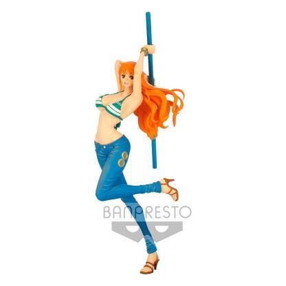 One Piece - Nami figuuri