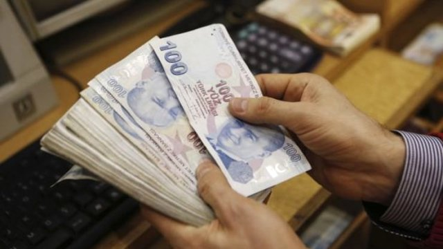 Memura Yıllık 2 Bin 481, Emekliye 4 Bin 127 Lira Ek Gelir