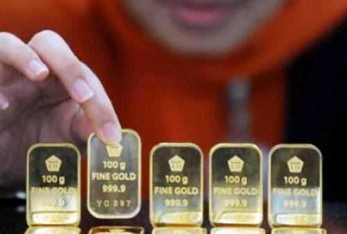 Perbandingan Investasi Logam Mulia Antara Emas atau Perak