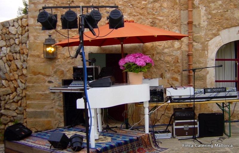 Finca Catering Mallorca Hochzeiten Events 3 - Music & More