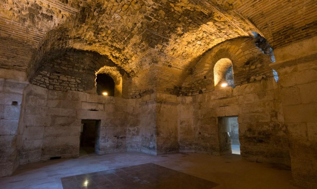 diocletian-palace-underground-cellar-split-croatia