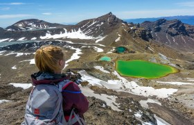 New Zealand: Hiking the Tongariro Alpine Crossing