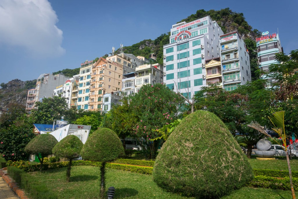 Hotels in Cat Ba on the waterfront