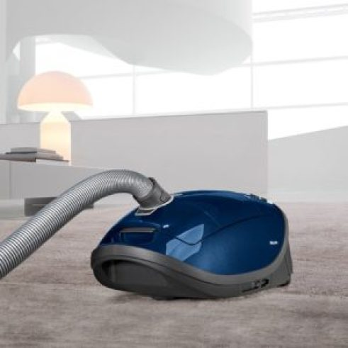 miele s8590 marin canister vacuum cleaner