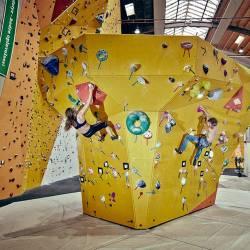 Prøv klatring hos Blocs & Walls