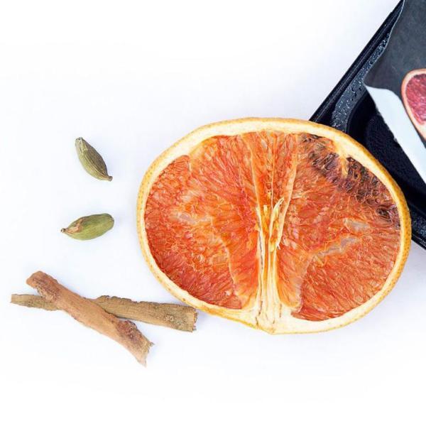 Garnic - tørret grapefrugt, kanel og kardemomme til drinks