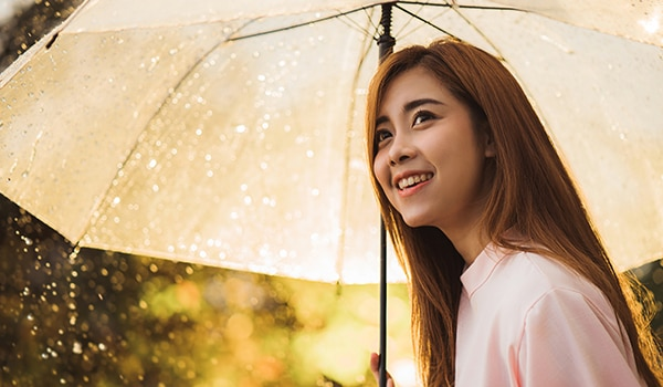4 tips to care for chemically treated hair during the monsoon