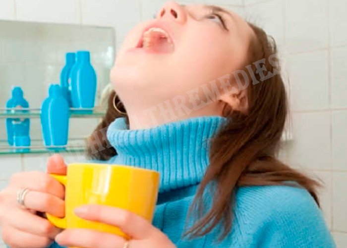 gargling-with-hot-water-for-cold