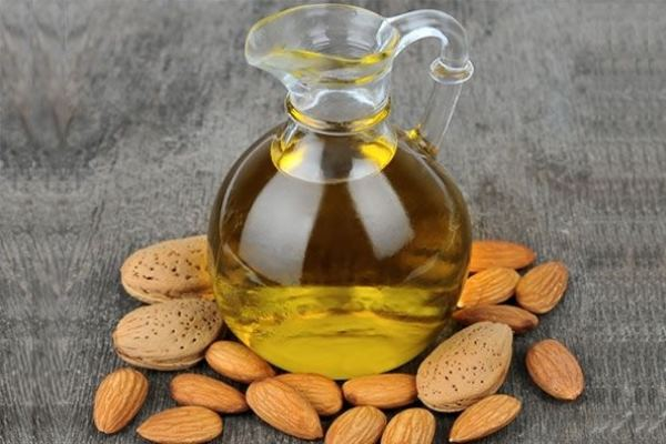 3 Benefits Of Almond Oil.