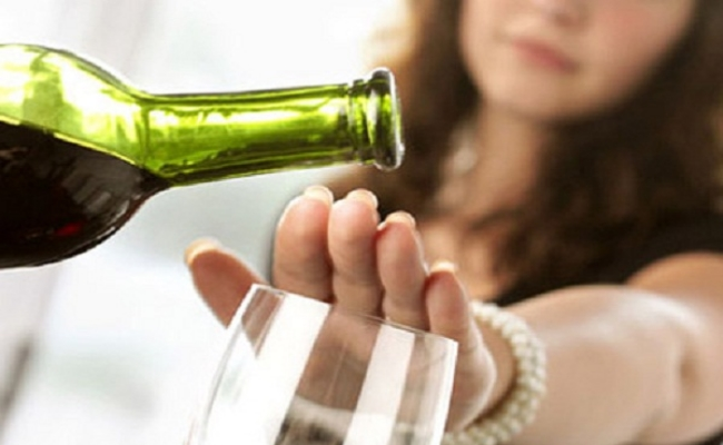 Avoid Alcohol To Ease Digestive Problems
