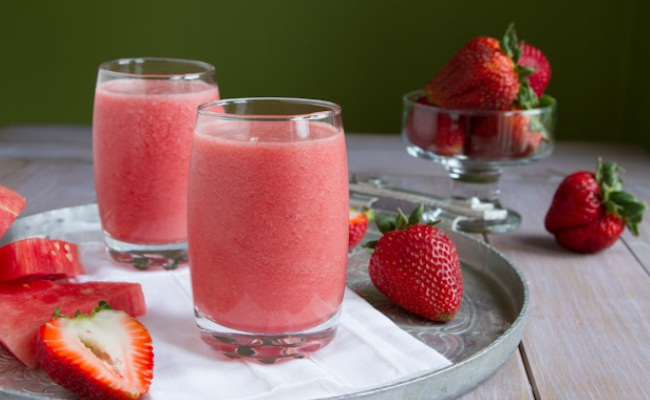 Strawberry Flaxseed Punch