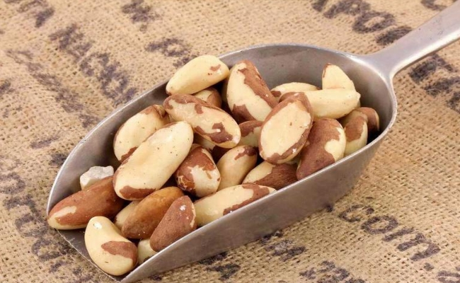 Munch On Brazil Nuts