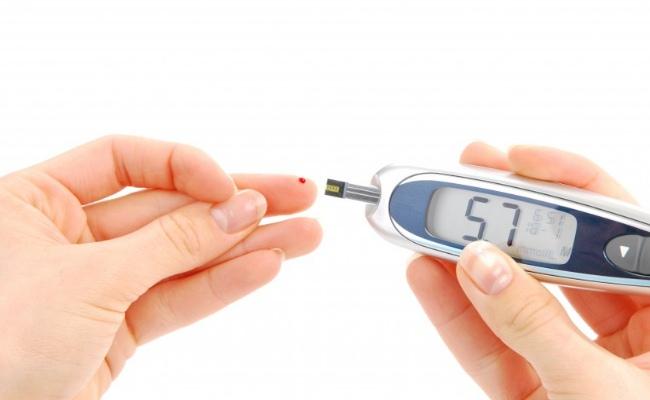 Controls Diabetes