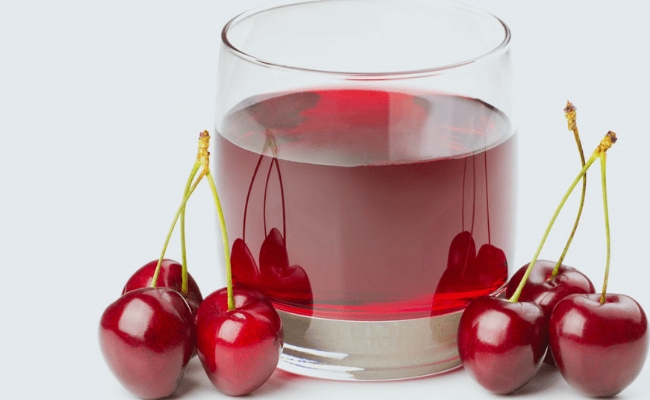 Apple cider vinegar and cherry juice mixture