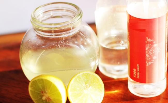 Rose water, Glycerin and Lemon Juice Moisturizer