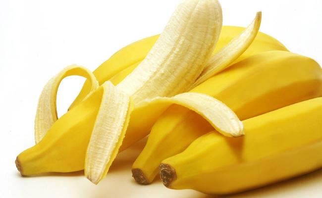 Selecting the banana