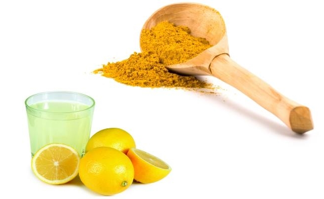Lemon Juice And Turmeric
