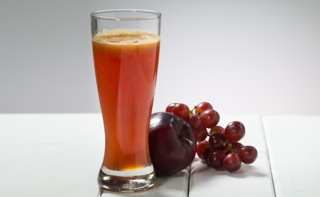 Apple and Grapes Juice