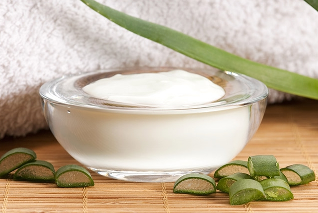 Aloe Vera Pimple Banishing Cream