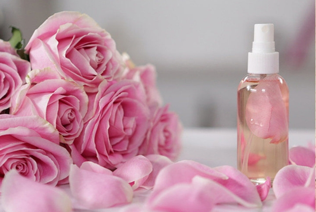 Rose Water Hair Spray