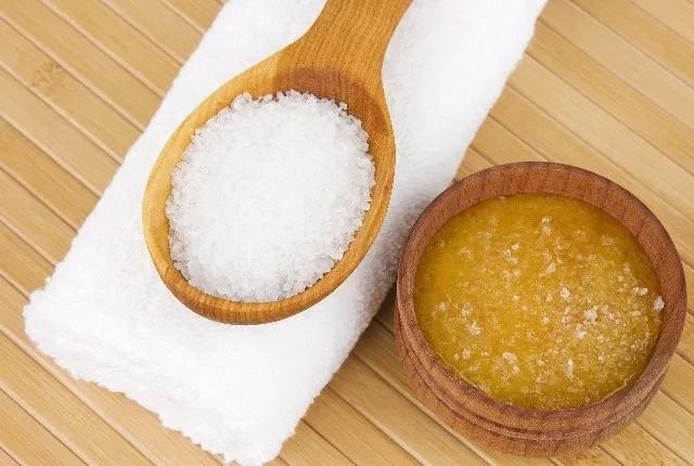 Honey With Salt