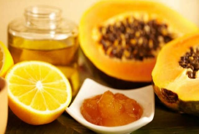Papaya, Lemon And Honey Facial Bleach