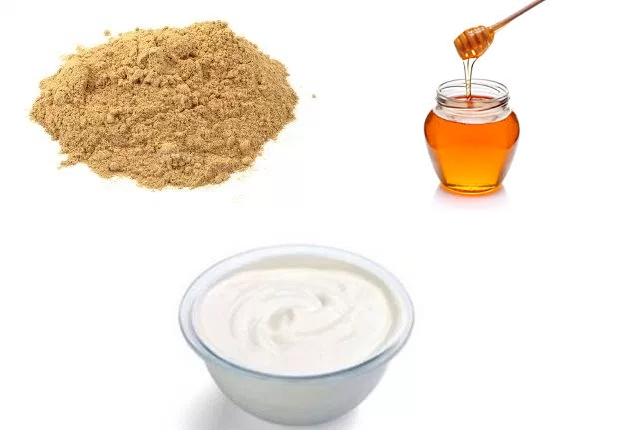 Sandalwood, Yogurt And Honey Pack