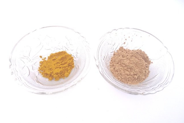 Turmeric And Sandalwood Powder