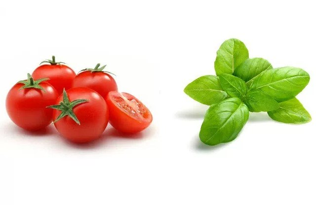Basil And Tomato Face Pack For Fading Scars
