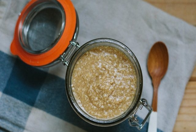 Coconut Oil And Oatmeal:
