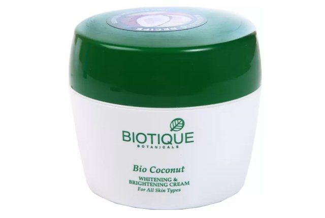 Biotique Botanical Bio Coconut Whitening And Brightening Cream