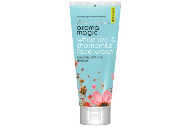 White Tea And Chamomile Face Wash By Aroma Magic