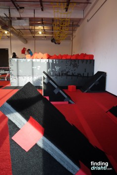 Quad steps and foam pit