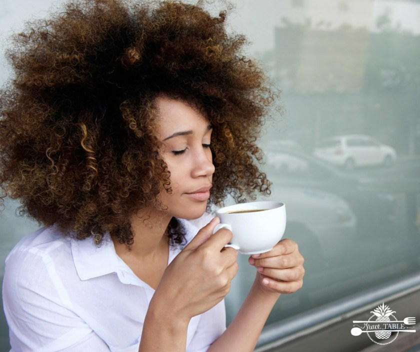woman-with-coffe_GT