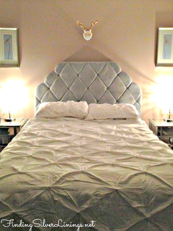 Tufted headboard and floofy bedding