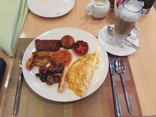 Breakfast in Ginger Rotana
