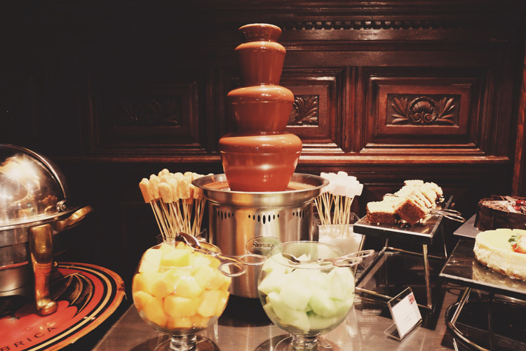 Chocolate Fountain Longs Bar Rotana