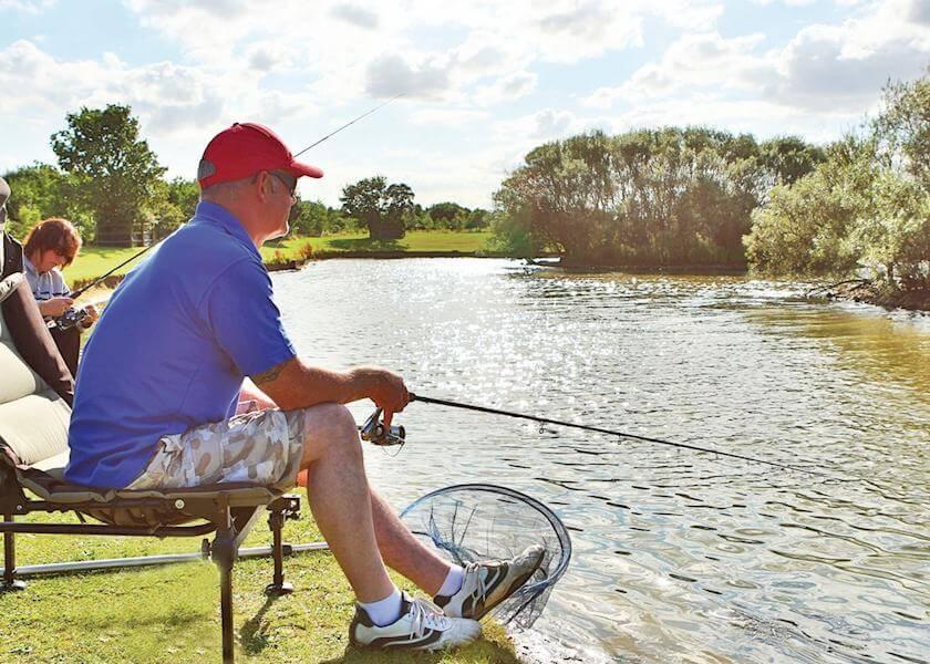 Skirlington Leisure Park Fishing