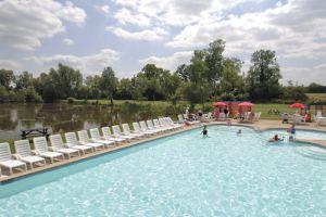 Hoburne Cotswold Outdoor Pool - Hoburne Cotswold Holiday Park