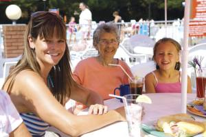 Poolside Dining at Hoburne Park - Hoburne Park Holiday Park