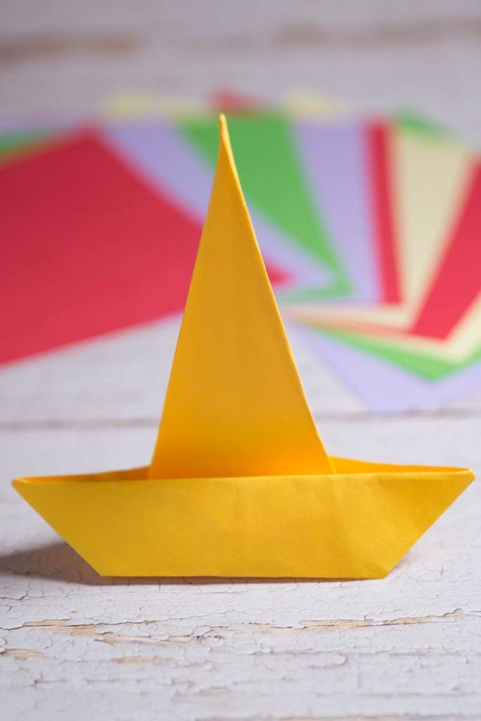 How to make a origami sombrero