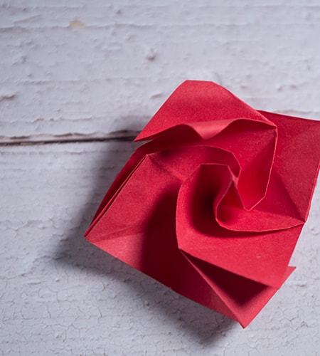 Do you want to learn how to make #Origami twisty #rose? I know you ... | 500x450