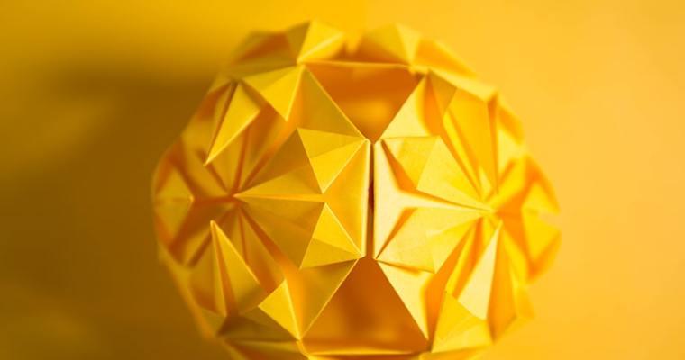 Origami Kusudama Diamond Flower